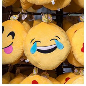 emojis-targeting-TWITTER